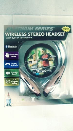 New Bluetooth Headphones rose gold 12 h for Sale in Smyrna, TN