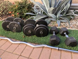 Dumbbells/curl bar for sale for Sale in Los Angeles, CA