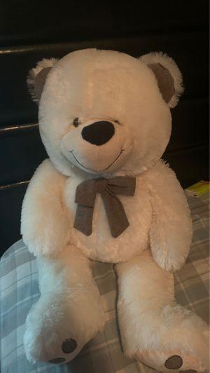 Big teddy bear/ Oso de peluche grande for Sale in Los Angeles, CA