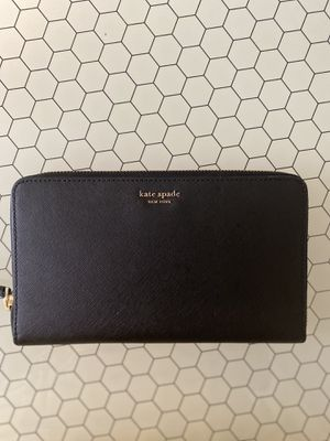 Kate Spade Wallet for Sale in Murfreesboro, TN