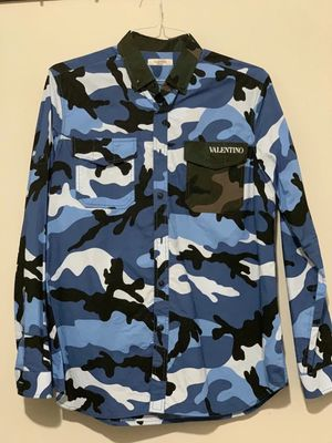 VALENTINO LIMITED BLUE CAMO SHIRT 2017 for Sale in Seattle, WA