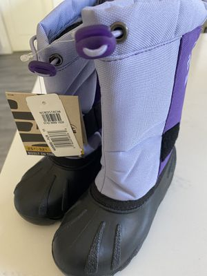 Kamik Kids Brand New with tags snow boots size 11 for Sale in Huntington Beach, CA