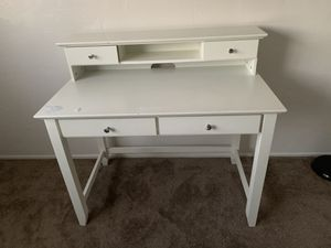 White Desk 4 Drawers for Sale in San Diego, CA