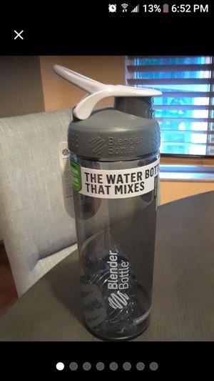 24 oz Blender bottle for Sale in Spring Hill, FL