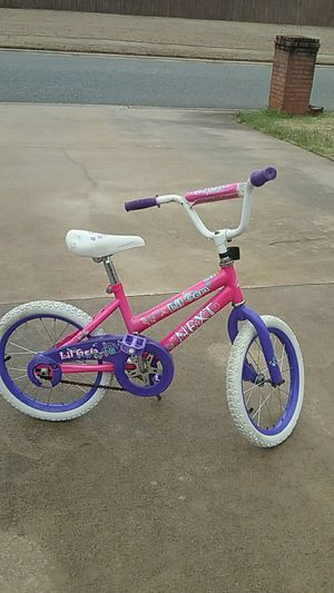 Used toddler bike. No training wheels. for Sale in Warner Robins, GA