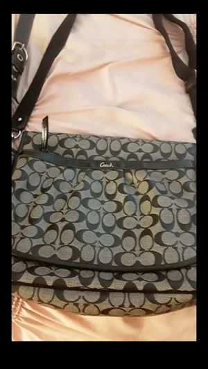 Coach purse messenger bag for Sale in Sacramento, CA
