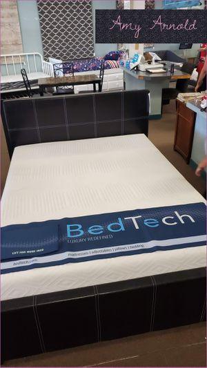 Full Bedframe for Sale in Glendale, AZ
