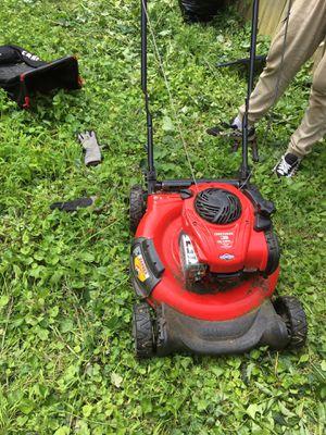 Craftsman lawn mower for Sale in Alexandria, VA