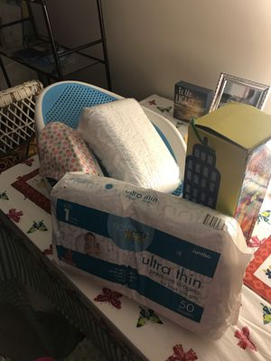 Baby bathtub, diapers and stacking toy bundle! for Sale in Greensboro, NC