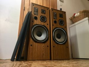 Onkyo home theater floor speakers for Sale in Duxbury, MA