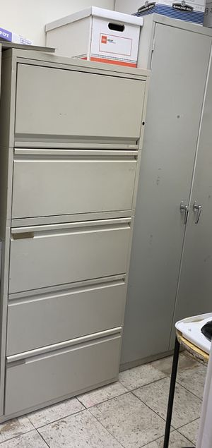 File cabinet steel 4 drawers with top storage for Sale in Anaheim, CA