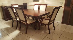Dining Room Table and 6 chair with buffet for Sale in Kissimmee, FL