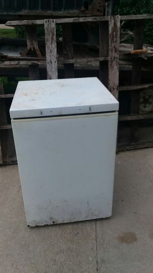 Mini freezer for Sale in Albert Lea, MN
