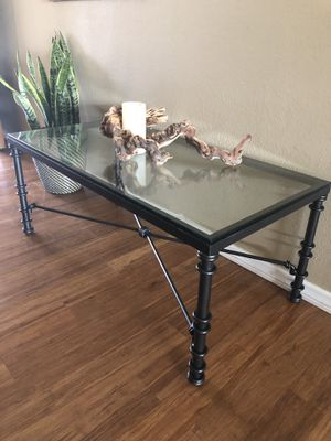 FREE Coffee Table for Sale in Santee, CA