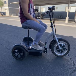 Electric Scooter , Bicycle, Read description!!! for Sale in Las Vegas, NV