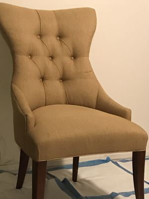 ANYBODY SELLING CHAIRS EXACTLY LIKE THIS? for Sale in Anaheim, CA