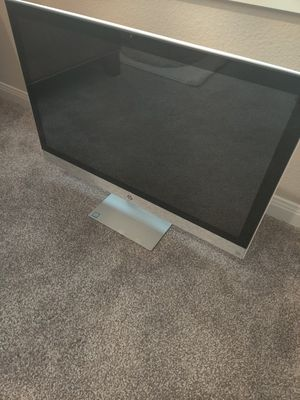 HP Pavilion 27-r114 All-in-One for Sale in Fulshear, TX