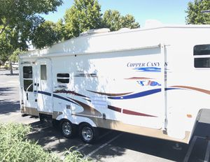 Selling my 2005 copper canyon made by Keystone one super slide fully self-contained it is in great shape asking 9800 or best offer for Sale in Brentwood, CA
