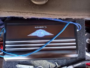 Cadence monoblock 1200w Q series class a/b for Sale in Brooklyn, OH