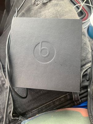 Power beats pro brand new never used for Sale in Morningside, MD