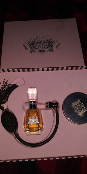 Juicy cotoure perfume new for Sale in Stockton, CA