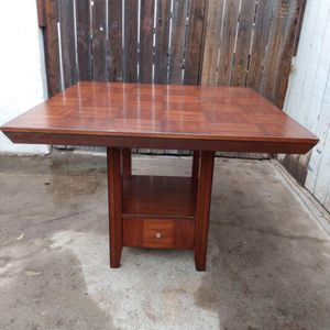 Kitchen Table (Wood) for Sale in Fresno, CA