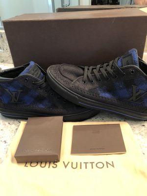 Louis Vuitton men's size 91/2 for Sale in Clovis, CA