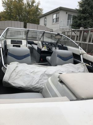 Bayliner 1950cl for Sale in Palatine, IL