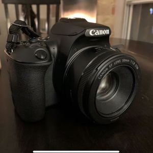 Canon SL3 (4K video) + 50mm f/1.8 Lens for Sale in Chicago, IL