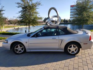 Ford Mustang 04 Convertible 40 Anniversary for Sale in Houston, TX