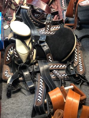 Brand new Horse saddle for Sale in Rancho Cucamonga, CA