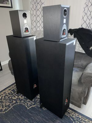 Onkyo Stereo with 4 speakers for Sale in Commerce, CA
