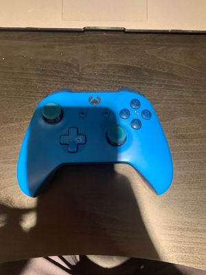 Xbox one controller for Sale in Gaithersburg, MD
