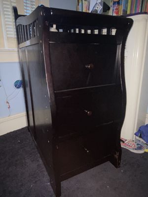 INFANT CHANGING TABLE WITH DRAWERS for Sale in Philadelphia, PA