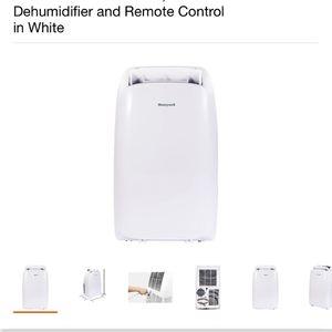 Honeywell 14,000 BTU Heater, Air Conditioner, Dehumidifier for Sale in Bakersfield, CA