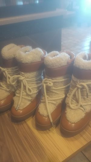 Coach boots with Shearling lining. Size 9 (women's). for Sale in Wichita, KS