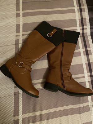 Botas $ 15 for Sale in New Caney, TX