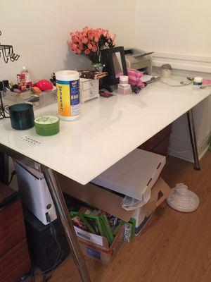 IKEA white glass table desk for Sale in Philadelphia, PA