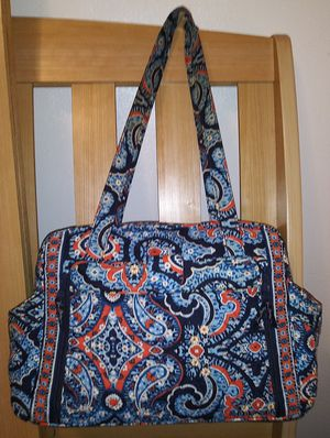 Vera Bradley Diaper/Duffle Bag /Large Purse /Multi-purpose Bag ***(see my other listings for a LARGE MATCHING COOLER BAG) for Sale in Winter Haven, FL