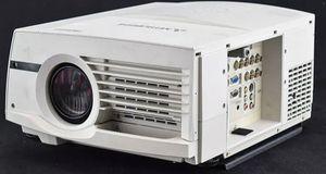 Mitsubishi WL6700U Projector used works good still lost remote for Sale in Hermiston, OR