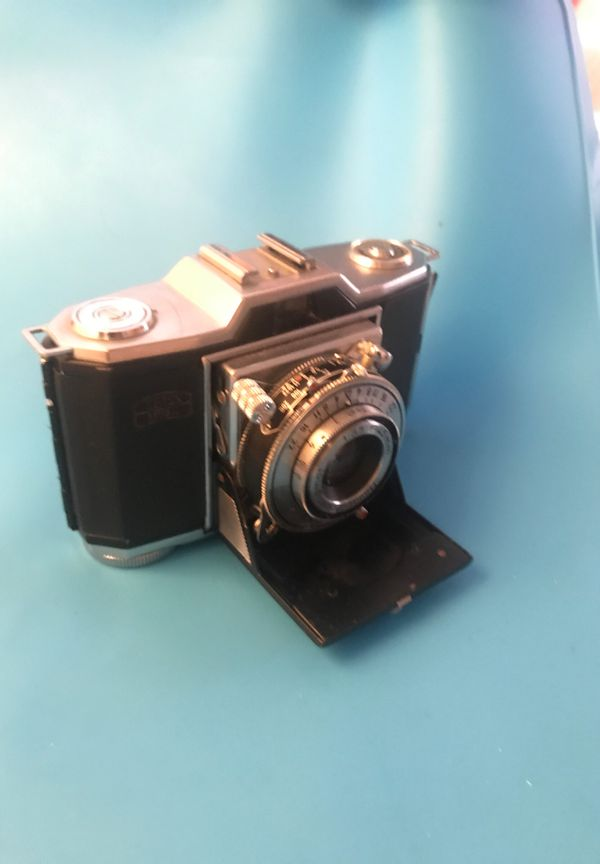 Old 35mm film camera does not work