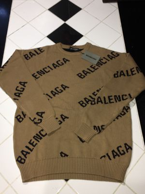 Balenciaga Sweater Crewneck Size Large Fitted Beige Khaki Brand New In Hand for Sale in Forest Park, IL