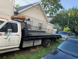 1990 Ford F-350 7.3 Diesel Tow Truck 6,000obo!!!! for Sale in Newark, NJ