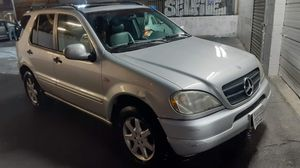 PART,S FOR SALE PARTING OUT...VENDO PARTES DE MERCEDES BENZ ML430... for Sale in Montebello, CA