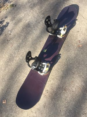 DC brand snowboard size 155 for Sale in San Leandro, CA