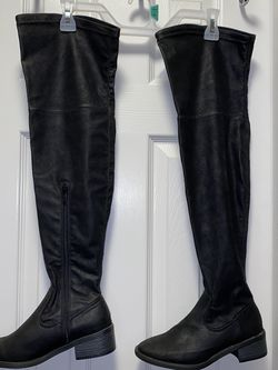 Over The Knee Boots Size 5 for Sale in Irving,  TX