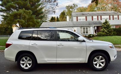 Perfectly Condition 2008 Toyota Highlander AWDWheels💎htrgrfsdsax for Sale in Nashville,  TN