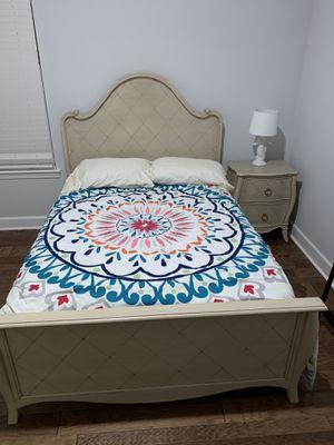6 piece girls bedroom set for Sale in Winter Garden, FL
