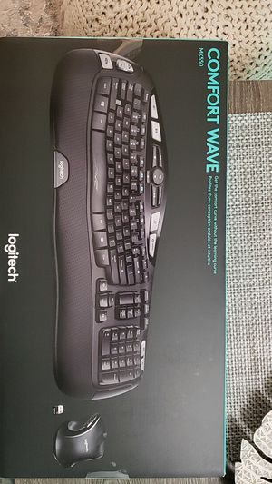 Logitech MK550 wireless keyboard and mouse BRAND NEW for Sale in West New York, NJ