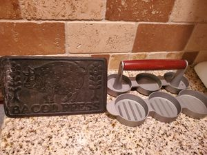 Kitchen items-Make offer for Sale in Puyallup, WA